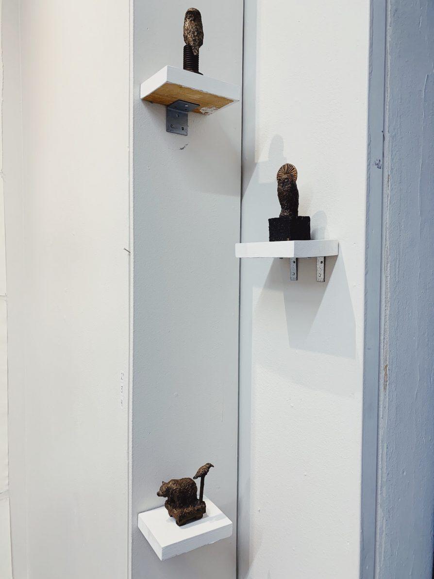 Railon muistonäyttely esittelee mm. taiteilijan pronssiveistoksia.