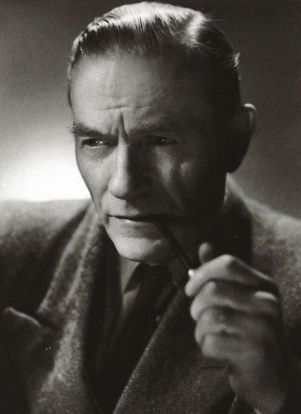 Seuran ensimmäinen puheenjohtaja Viljo Kojo vuonna 1947. Kuva: Viipurin Taiteilijaseura ry